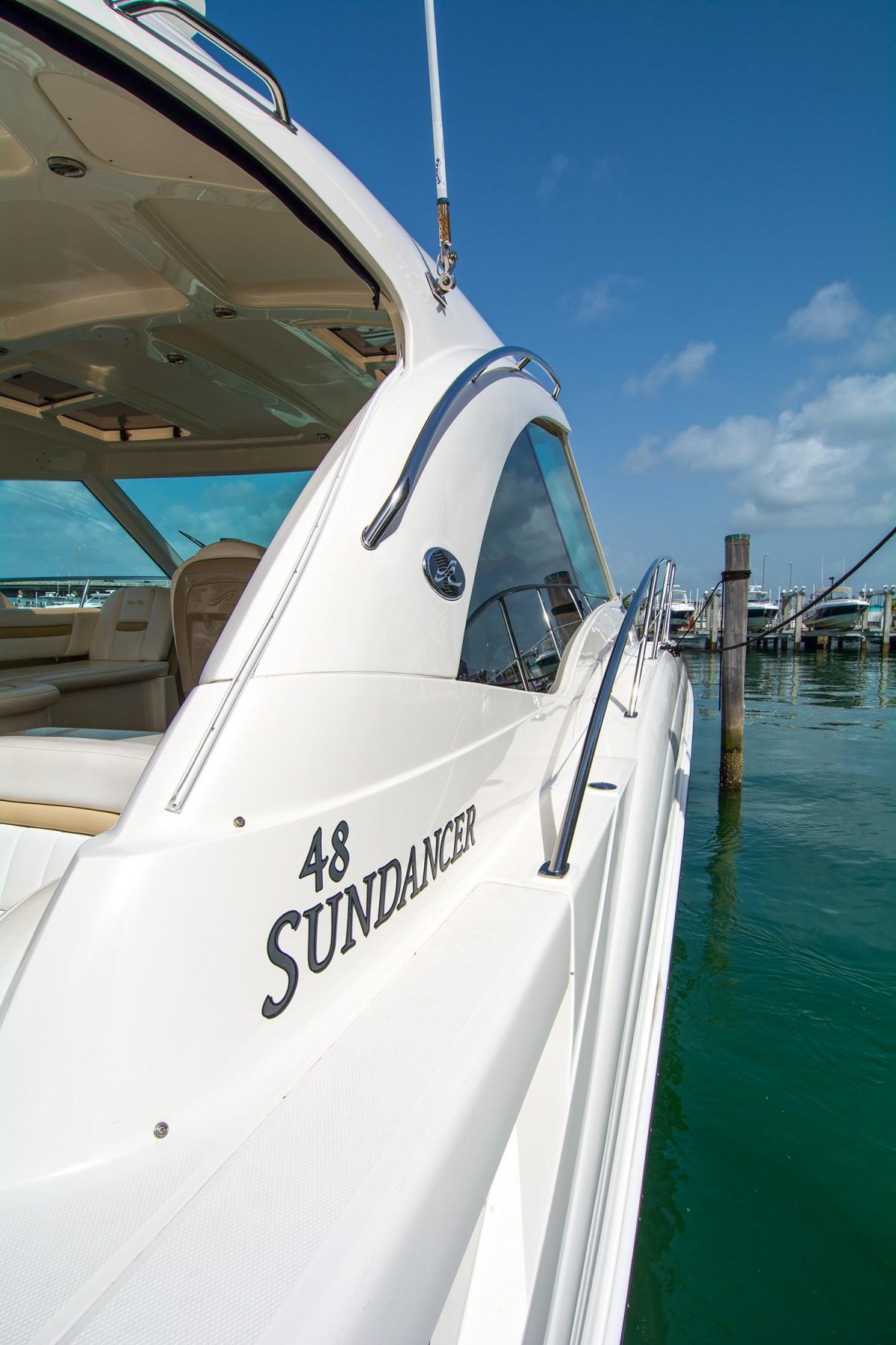 48′ Sea Ray Motor Yacht