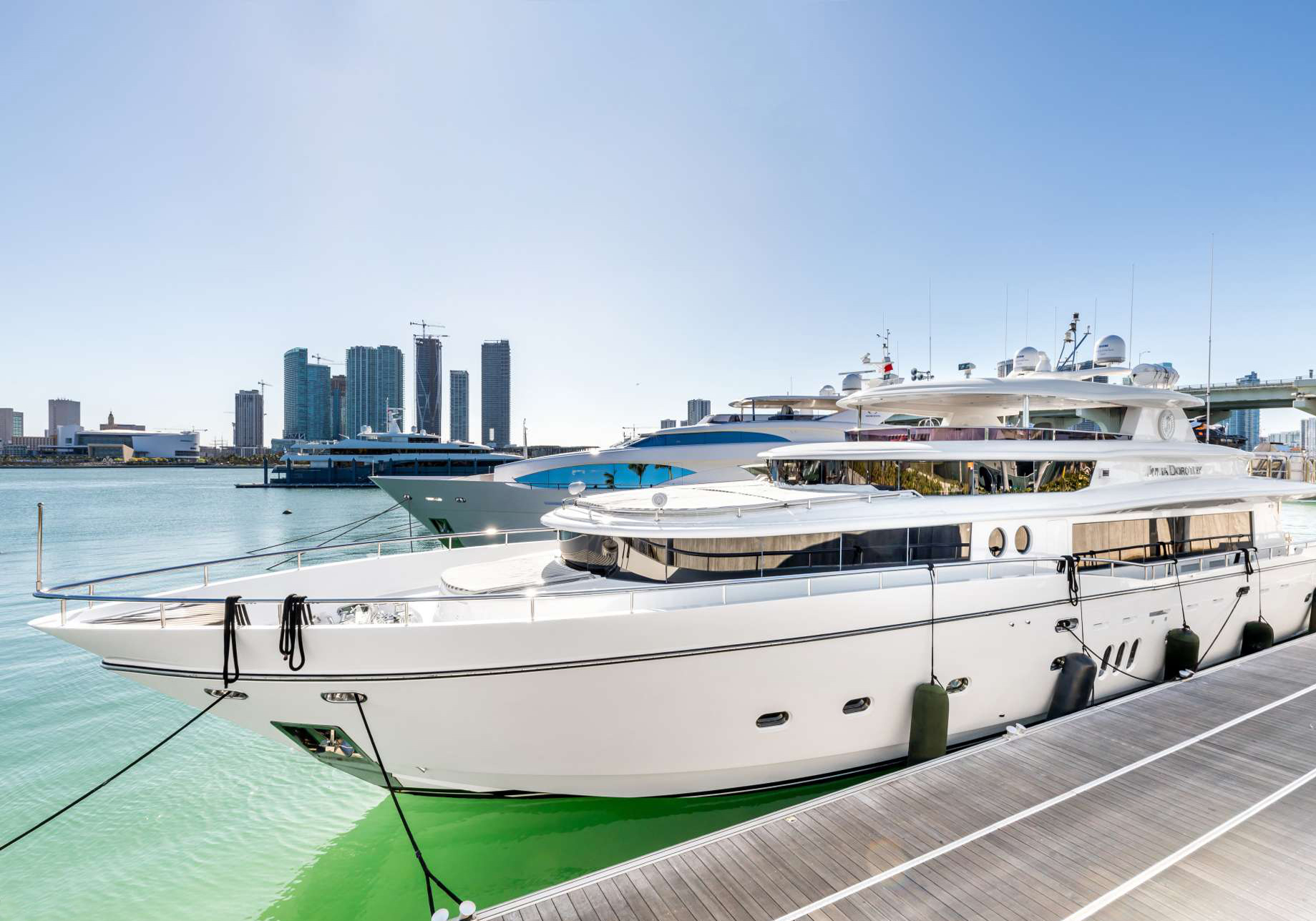 103′ Johnson Motor Yacht