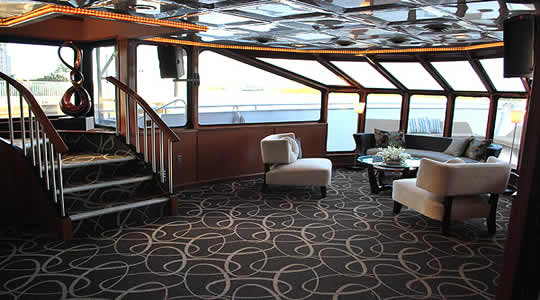 100ft Midnight Sun Luxury Yacht
