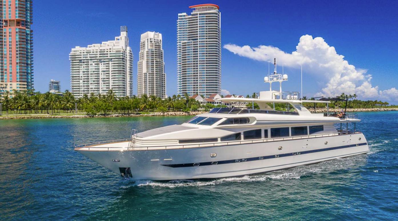 110′ Horizon Motor Yacht