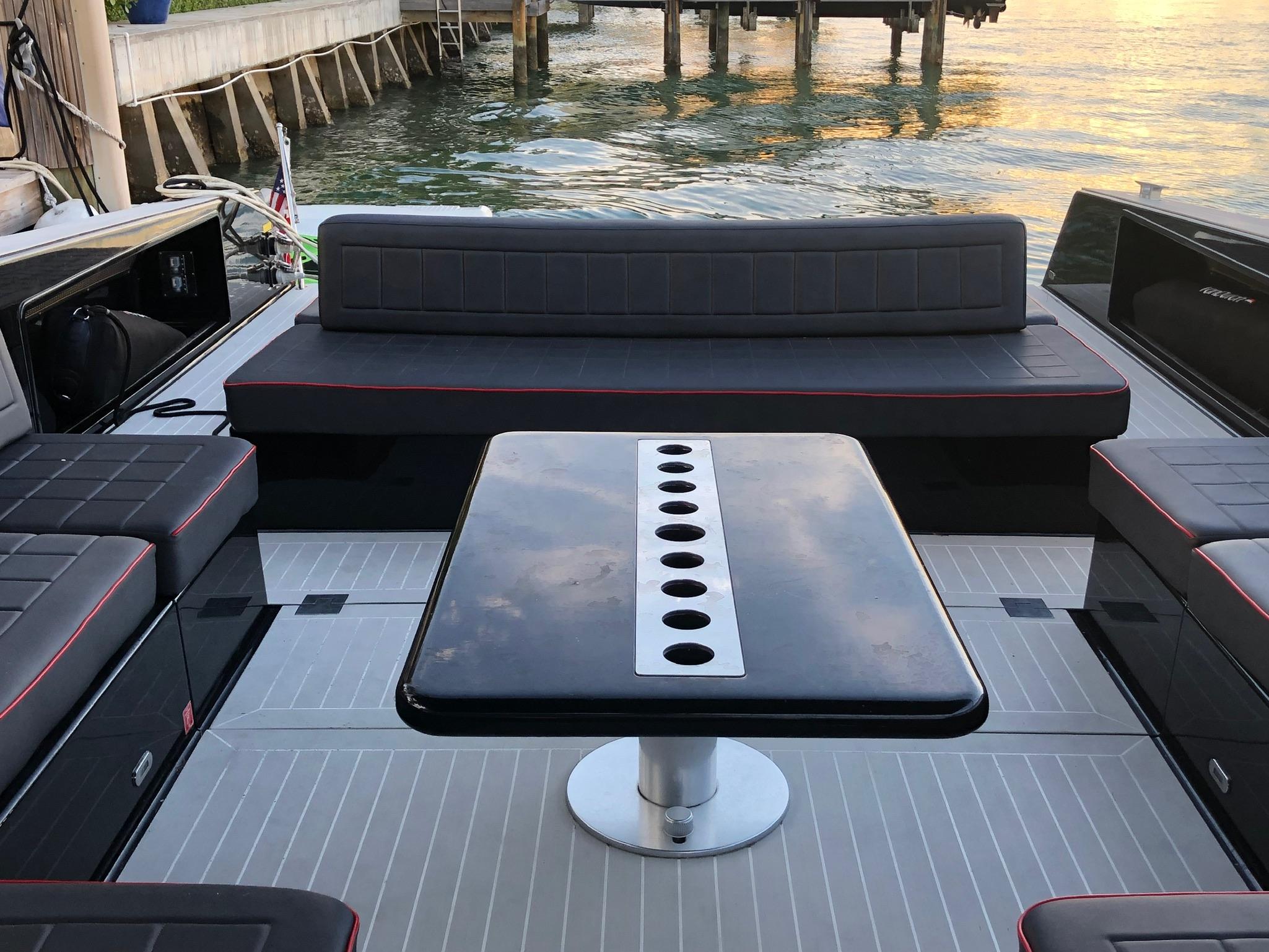 55′ Vandutch Sport Yacht