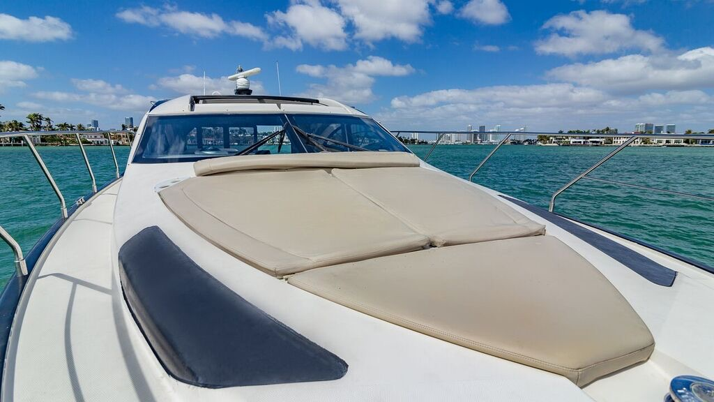 43′ Marquis Sport Yacht