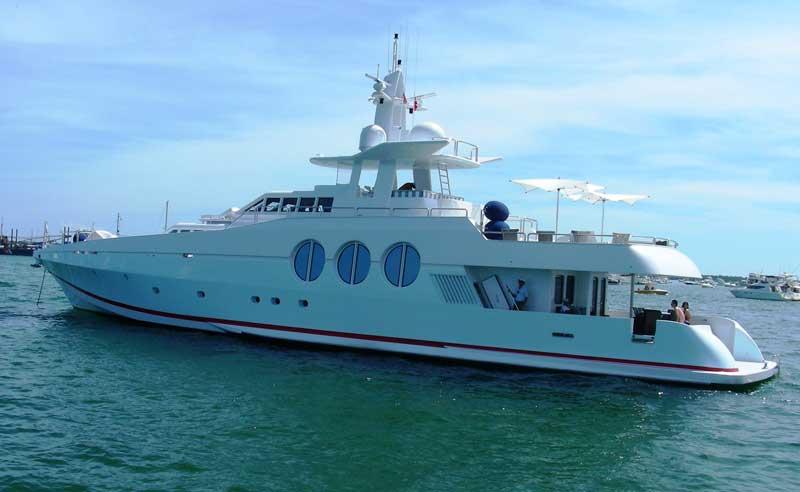 Miami_Yacht_Charters_Regatta_1-1.jpg