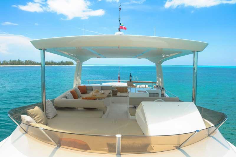 Miami_Yacht_Charters_in_Bimini_Bahamas-1.jpg