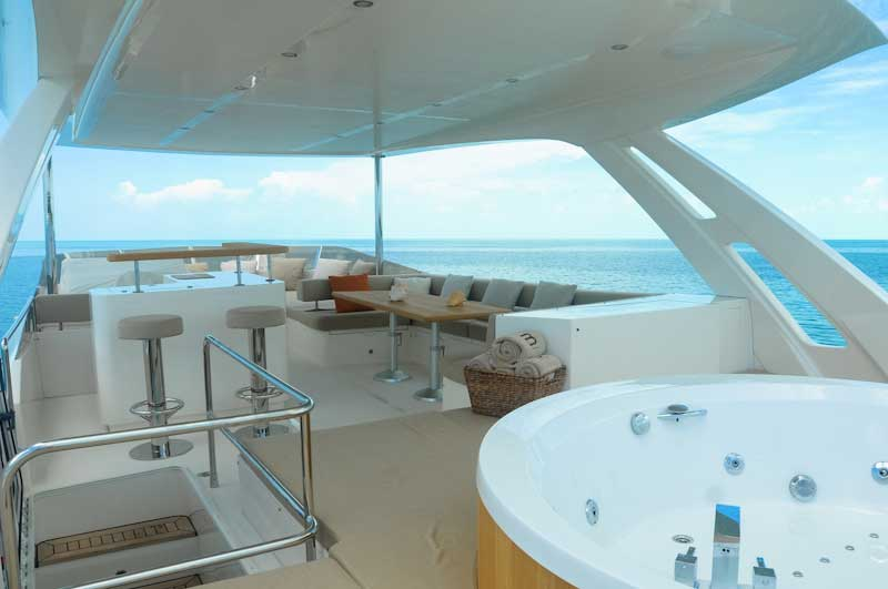Miami_Yachts_with_hot_tubs-1.jpg