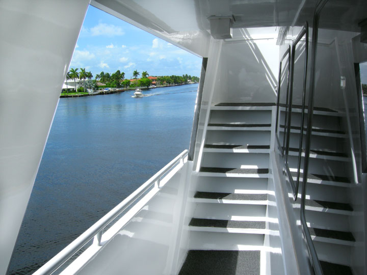 Sun_Dream_Starboard_View.jpg