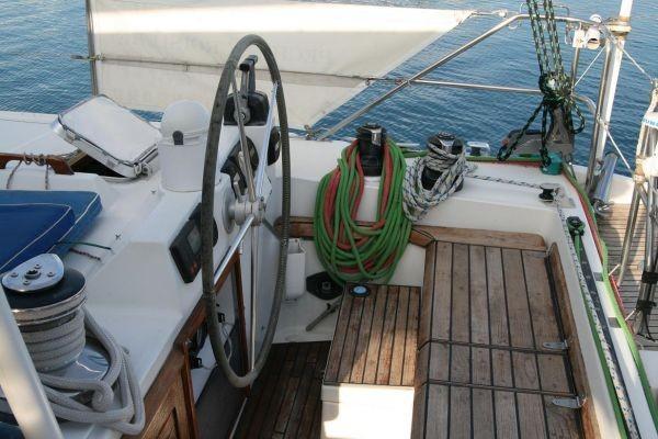 privilege_51_catamaran.jpg