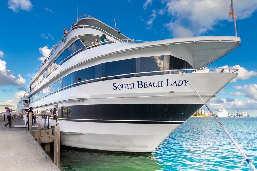 125' Winston Luxury Yacht